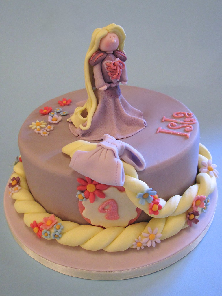 Rapunzel Birthday Cake Rapunzel Rapunzel let down yo Flickr