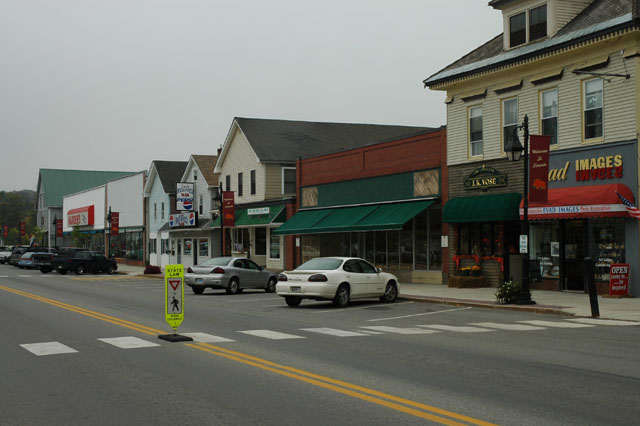 Lincoln Main Street That S Lincoln Maine Usa Not