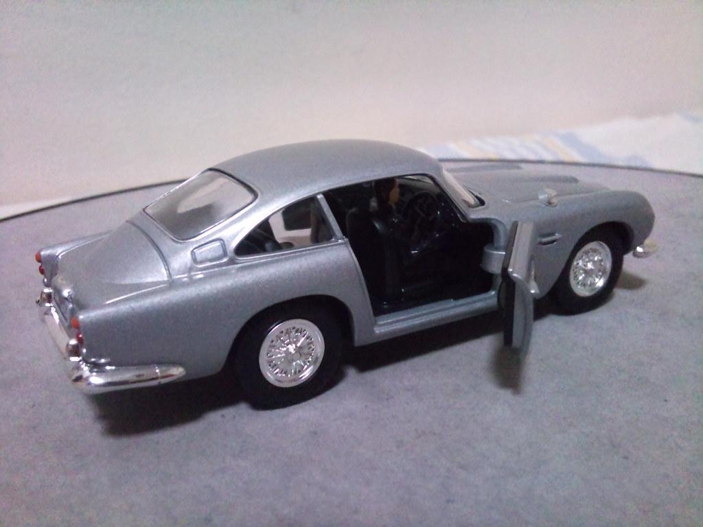 ... Corgi 1/36 Skyfall Aston Martin DB5   By Imranbecks