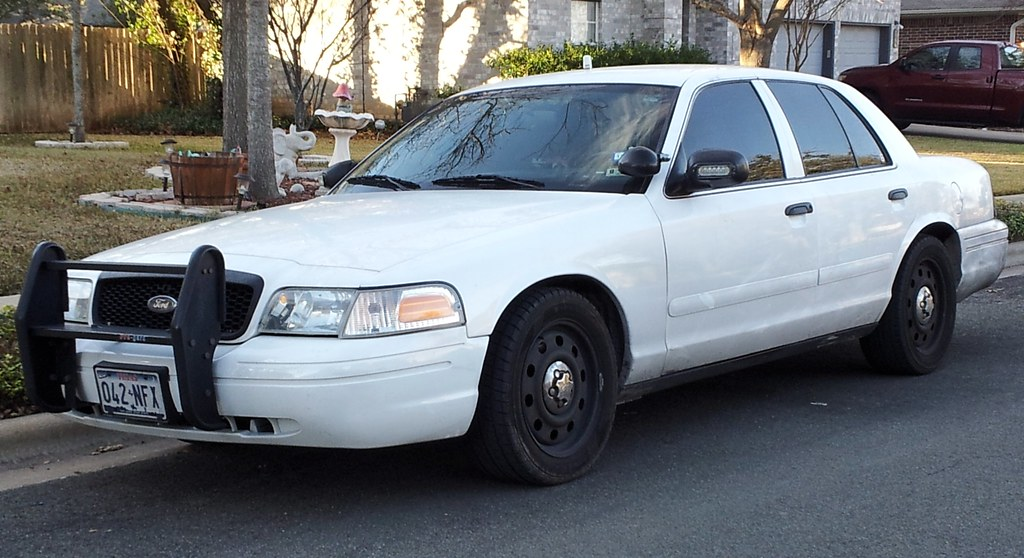8441549684on Ford Crown Victoria Police Interceptor Unmarked