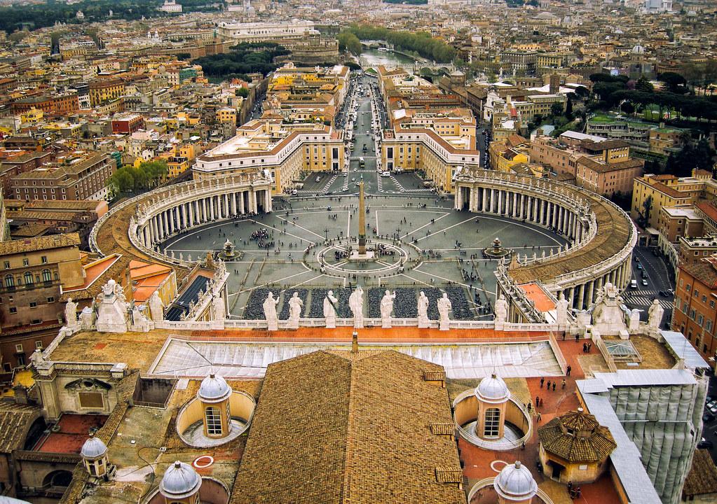 Piazza di San Pietro, Roma.