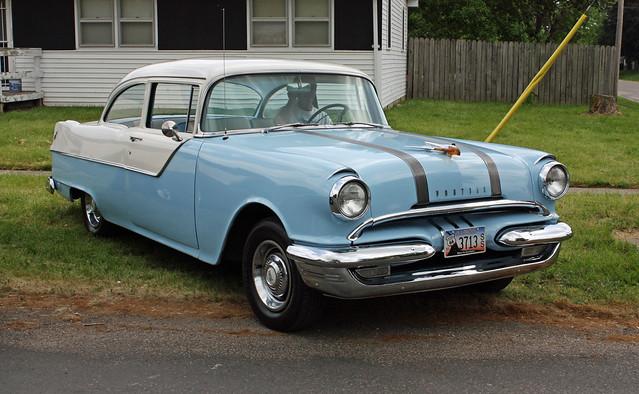 1955 pontiac chieftain 2 door sedan 2 of 10 flickr for 1955 pontiac chieftain 4 door