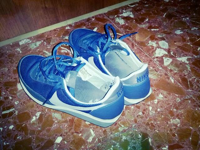 Galaxy Elite Tennis Shoes