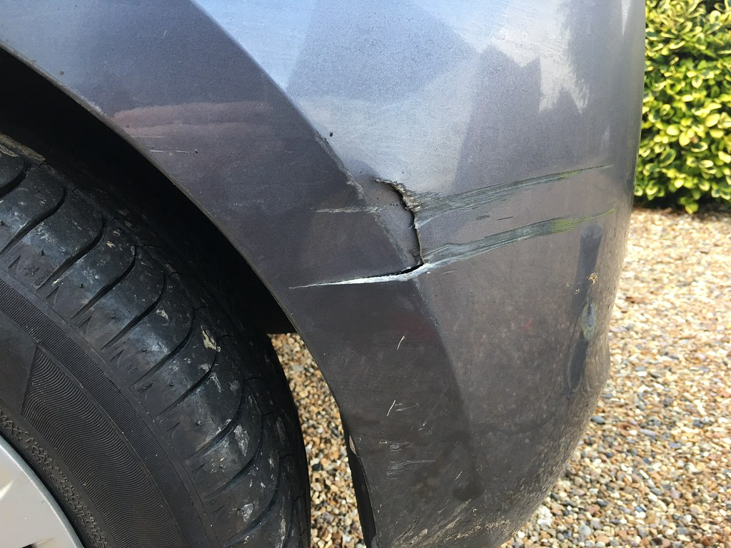 how to fix a cracked car bumper