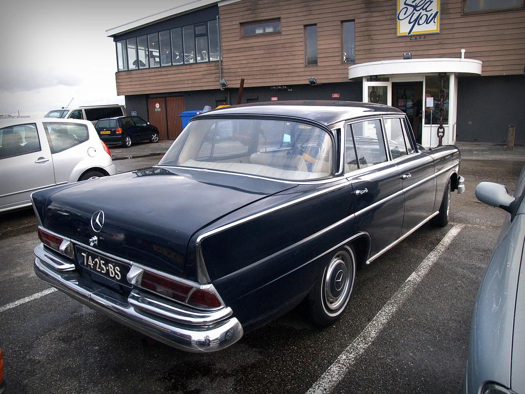 1966 mercedes benz 230s 39 heckflosse 39 a rare find and i. Black Bedroom Furniture Sets. Home Design Ideas