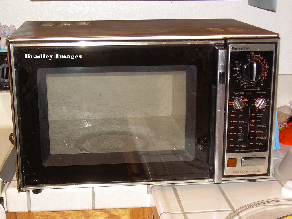 First Microwave Oven ~ Dscn a microwave oven often colloquially shortened