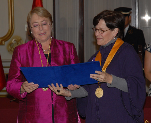 UN Women Executive Director Michelle Bachelet receives is declared an honorary guest of the city of Lima from Mayor Susana Villarán on 16 October 2012 | by UN Women Gallery
