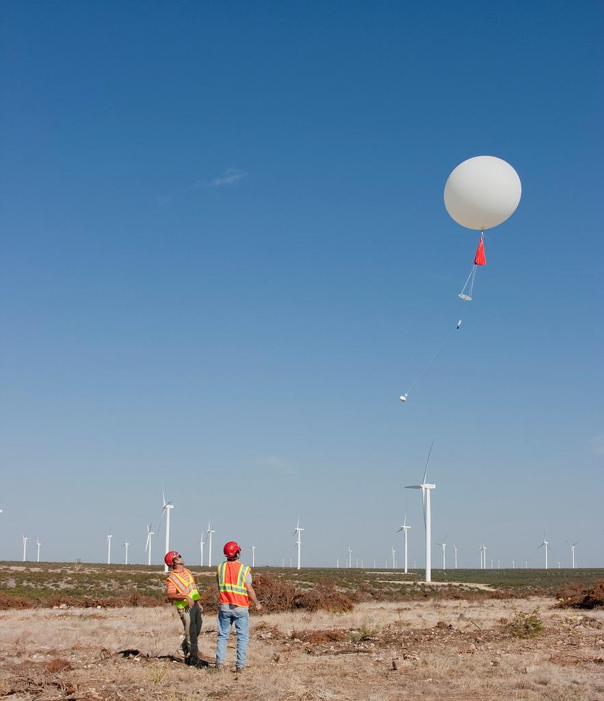 Radiosonde Launch in Texas | A radiosonde launch on the ...