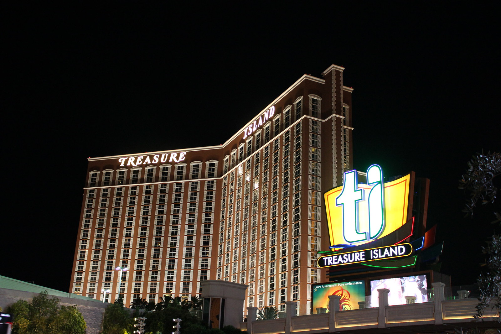 treasury island casino