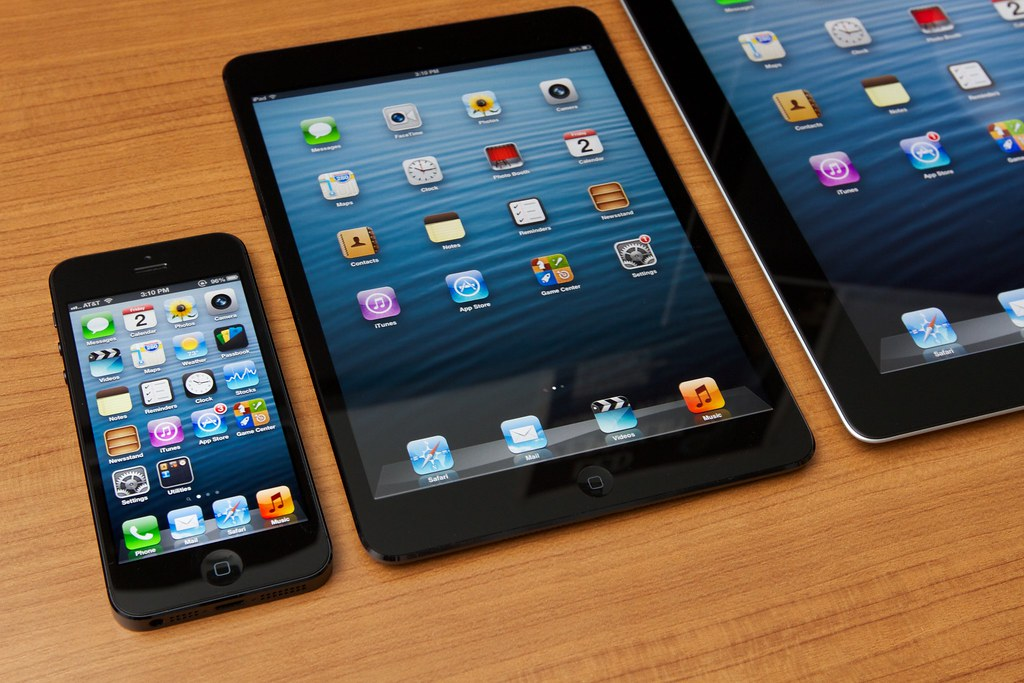 iPad, iPad Mini, iPhone
