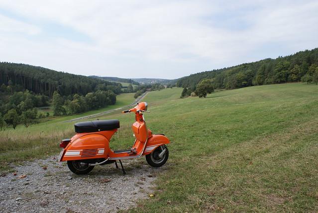 vespa rally 200 orange explore efendi17 39 s photos on. Black Bedroom Furniture Sets. Home Design Ideas