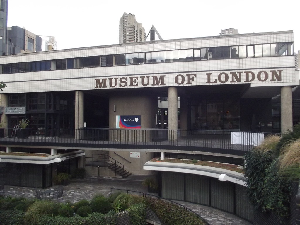 Stone Garden Wall >> Museum of London - London Wall - Rotunda Garden | Heading up… | Flickr