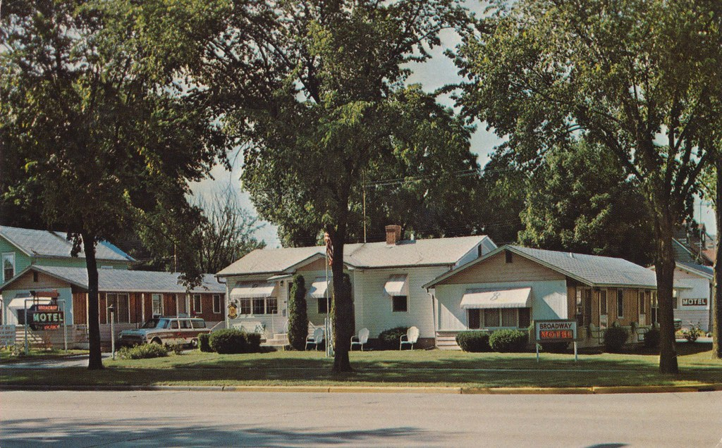 Broadway Motel - Wisconsin Dells, Wisconsin