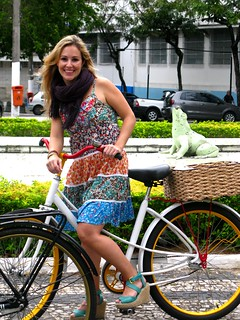 Cycle Chic - Centro Vix 73 | by Dora Doríssima