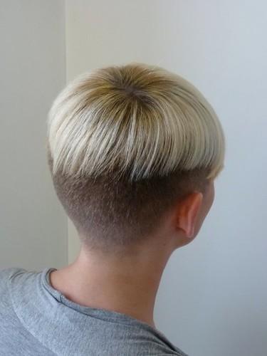 Variation Of Bowlcut Blonde Short Haircuts Women Flickr