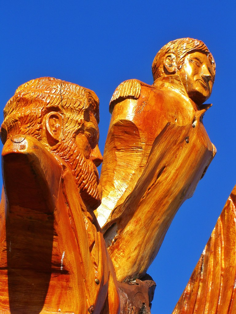Chainsaw art these carvings were made artist