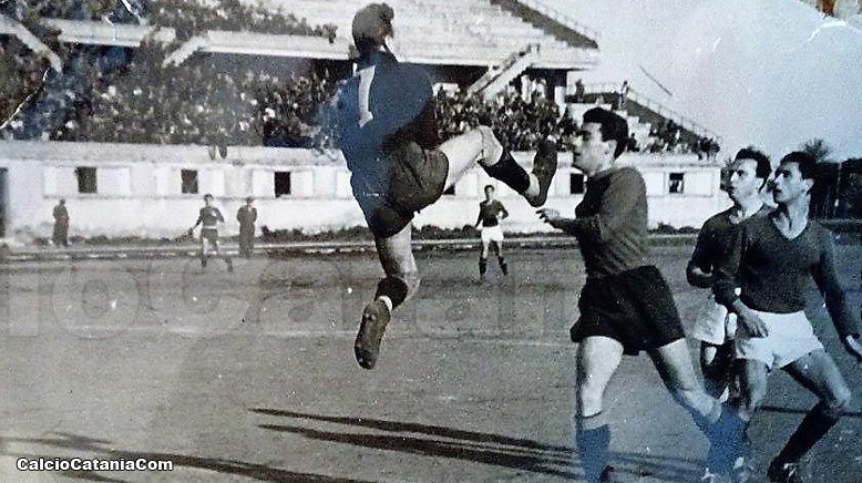 Un'acrobatica uscita aerea di Luigi Conti
