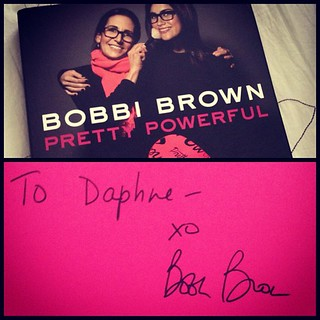 Thanks for the signed book @BobbiBrown and @nbsalerts. National Book Store will be giving away 3 signed books with 3 lip palettes from Bobbi Brown thru http://daphne.ph soon! Stay tuned. | by The Dafinator