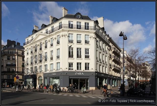 2011 12 24 paris rue de rivoli zara flickr photo. Black Bedroom Furniture Sets. Home Design Ideas