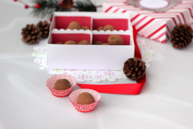 Dark Chocolate Peppermint Truffles - Gluten-free + Vegan