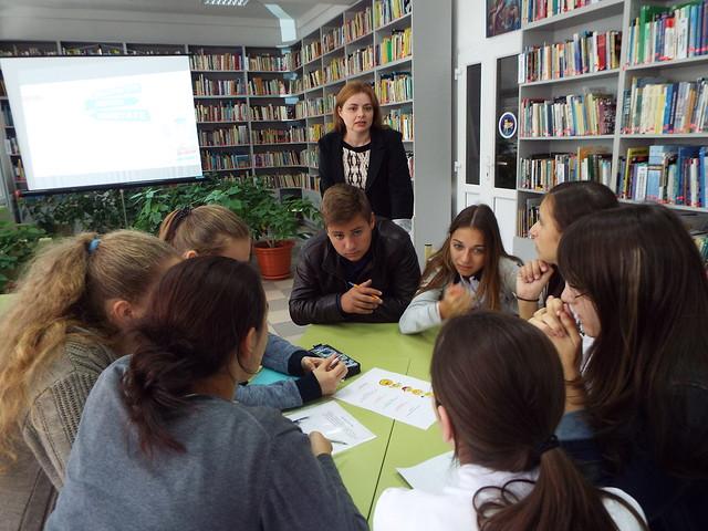 Tineri, activi, ambițioși