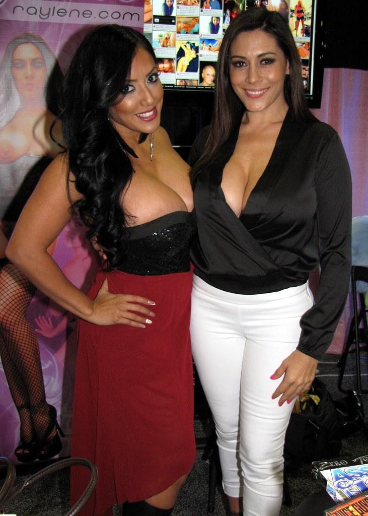 Hot lesbians Katsuni, Nina Mercedez and Kiara Mia toy and lick pussy  481345