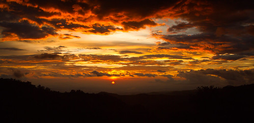 monteverde sunset | by RW2photography