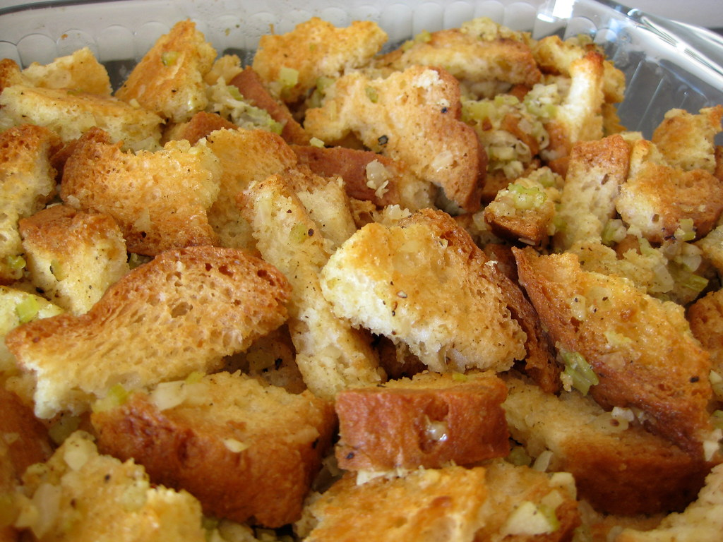 Old Fashioned Bread Stuffing With Sage