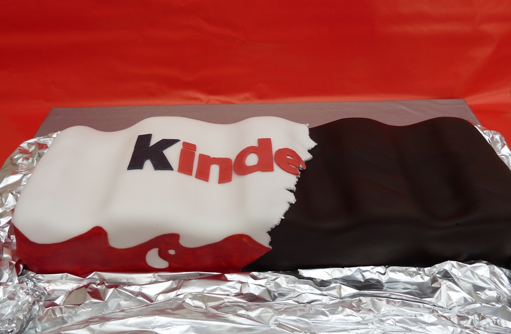 kinder chocolate cake kinderriegel torte kraulo flickr. Black Bedroom Furniture Sets. Home Design Ideas