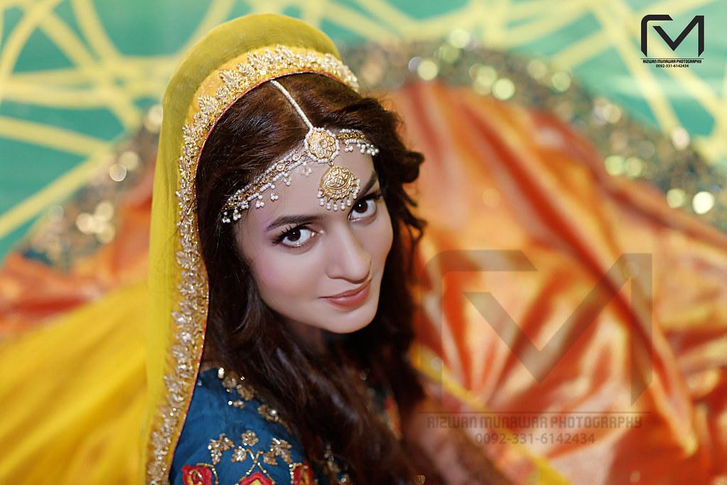 Mehndi Bridal Photoshoot : Pakistani bride mehndi photoshoot to book your wedding datu flickr