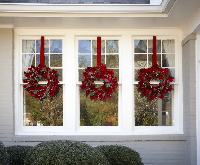 Everyone loves decorating for Christmas. Grab your garland and get ready for wreaths, because here, the editors of Southern Living share some of their favorite new ideas for Christmas decorating. These decorating ideas for your mantel, front door, mailbox, Christmas tree, and more will surely fill you with Christmas altamira.ml show you how to give a twist on tradition with handmade willow-branch.