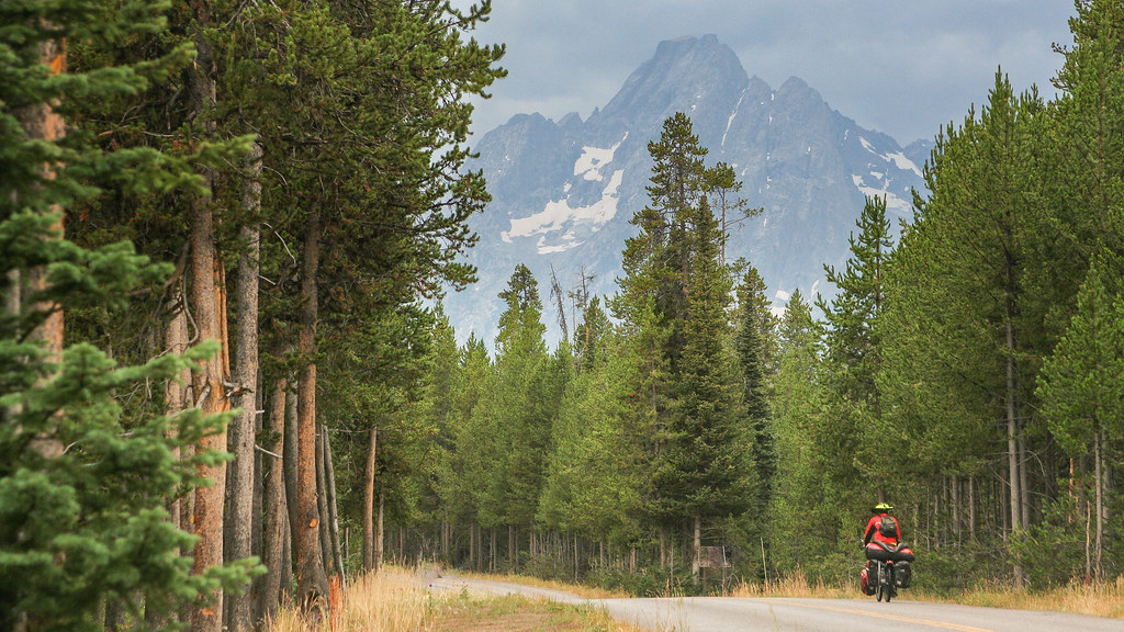 Bicycle Touring in Wyoming -GDMBR Grand Tetons