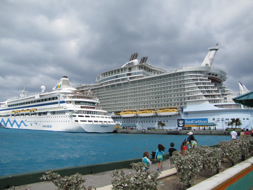 The aida aura and allure of the seas skjoiner flickr - The allure of the modular home ...