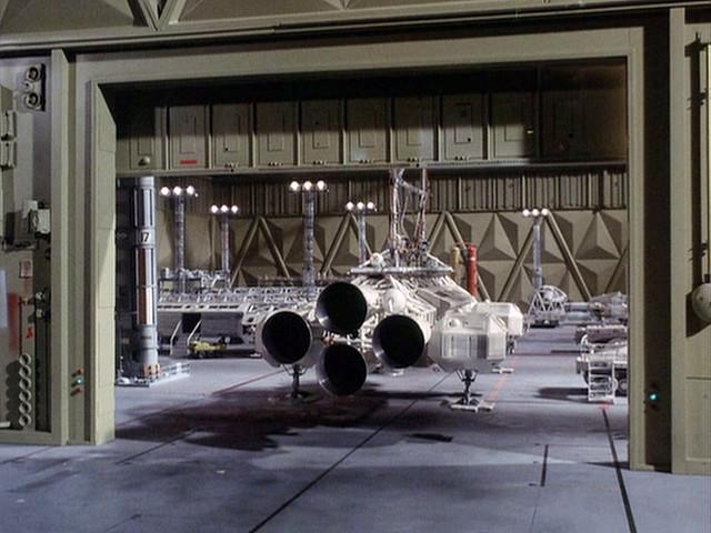 space 1999 spacecraft designs - photo #40