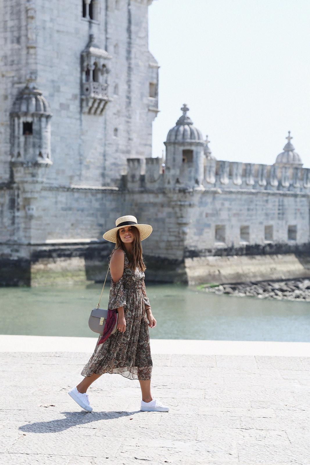 Jessie Chanes Seams for a desire Lisboa Parfois Boho folk Floral Midi Vest-3
