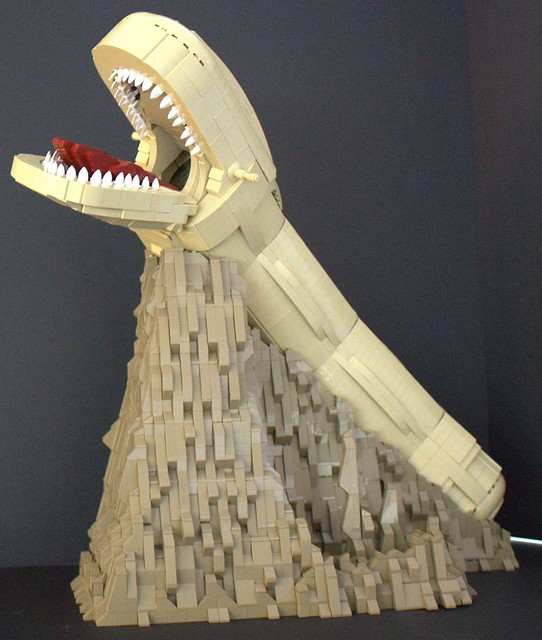 This IS NO CAVE!!!, by Outworlder, on Eurobricks