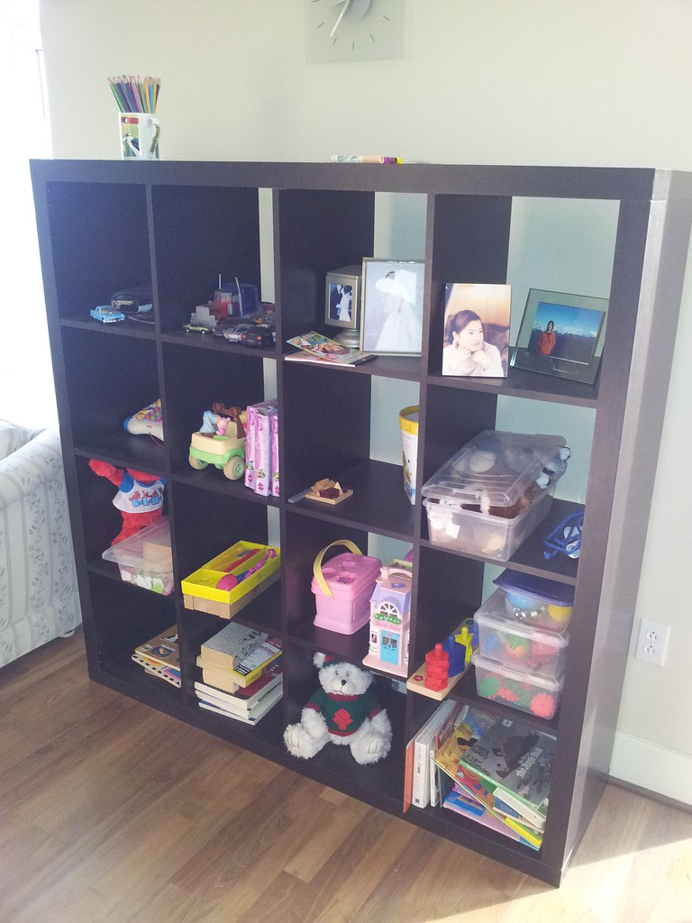 ikea 4x4 expedit shelving unit 40 flickr. Black Bedroom Furniture Sets. Home Design Ideas