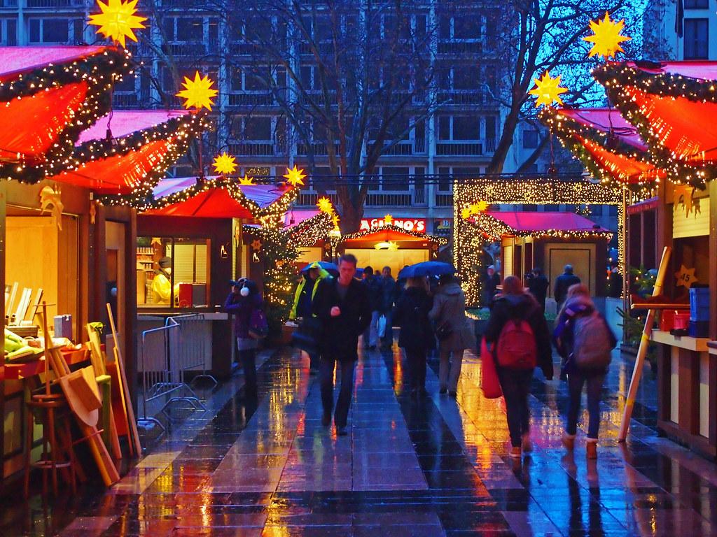 Cologne christmas market | Simon Collison | Flickr