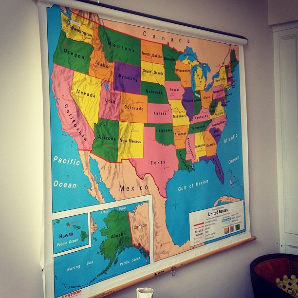 Classroom Pull Down World Map.Decided To Hang The Old Classroom Pull Down Us World Map I Flickr