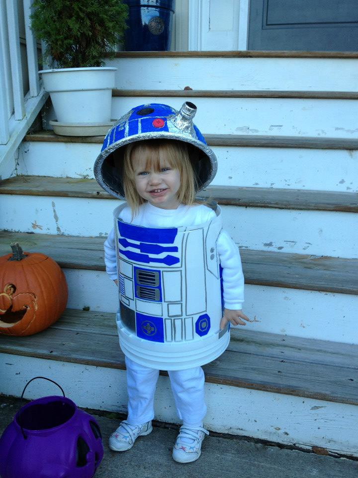 R2d2 Costume R2D2   Mac made this! ...