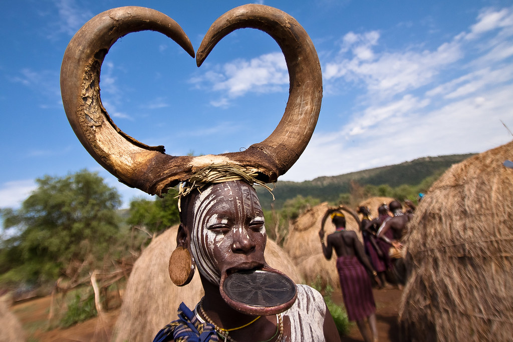 Mursi Woman With Lip Plate And Enlarged Earlobe Mago Nati