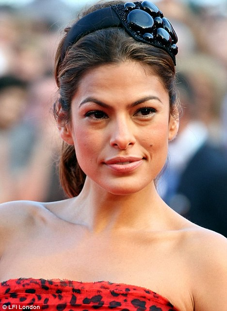 Eva Mendes Tips One Of The Puffy Eyes Natural Healing Wi