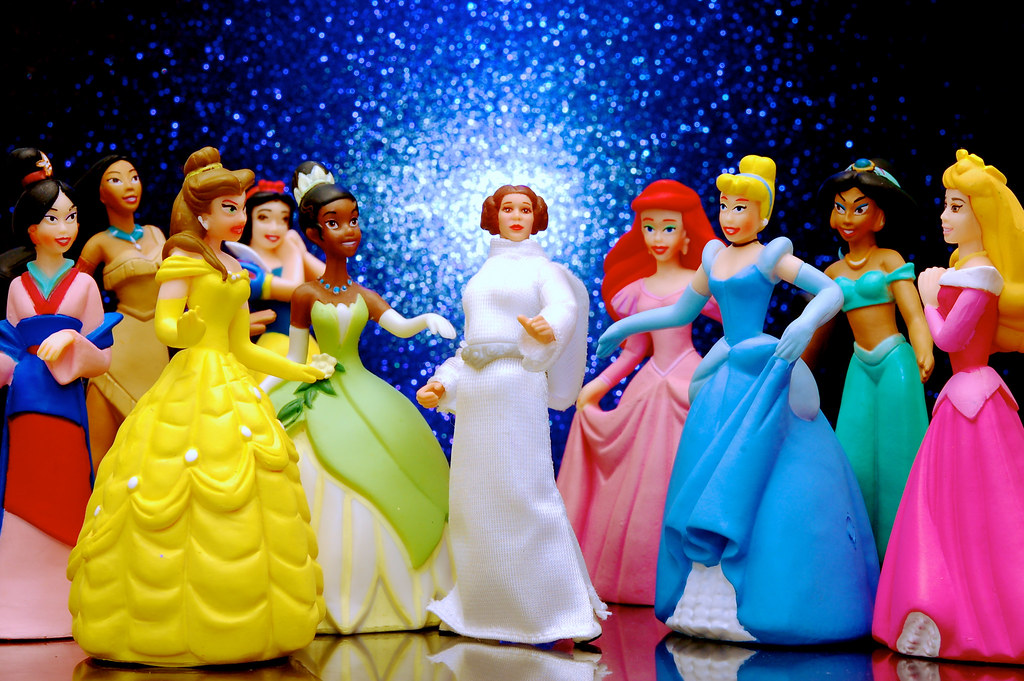 The new girl say hello to the newest disney princess - Image de princesse disney ...