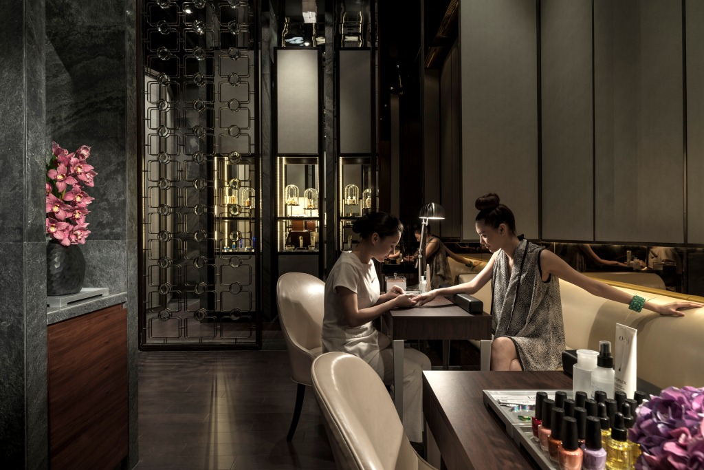 Flare spa nail bar four seasons hotel pudong shanghai for 4 seasons nail salon