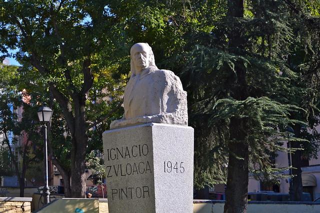 Monumento al pintor ignacio zuloaga en el jard n de las for Jardines de las vistillas