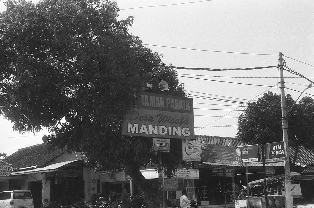 ... Taman Parkir Desa Wisata Manding  3c739a6a07