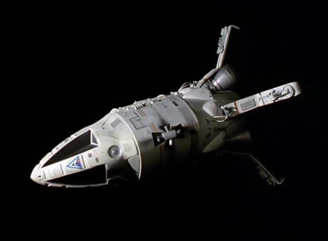 space 1999 spacecraft designs - photo #22