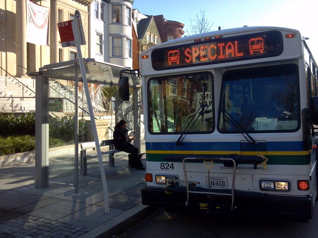 fairfax cue bus on 16th street in dc | beyonddc | flickr