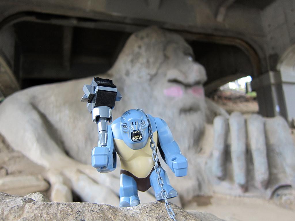 lego hulk vs lego cave troll - photo #24