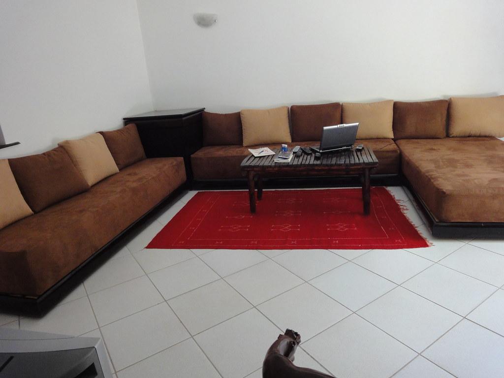 salon marocain banquettes matelas dolidol profondeur 26. Black Bedroom Furniture Sets. Home Design Ideas